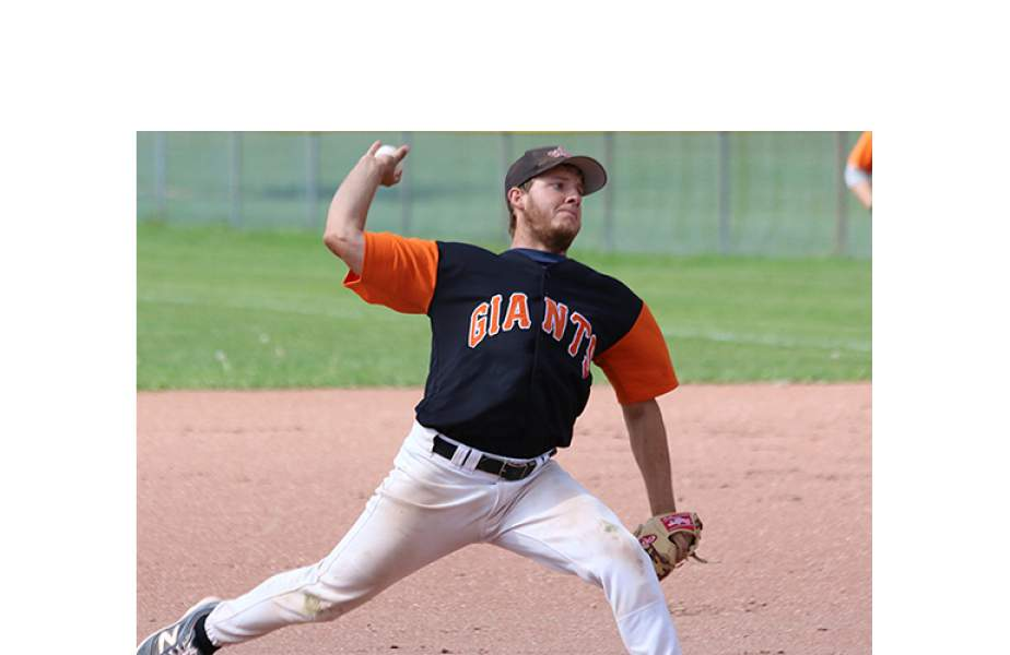 Orangeville Giants win two, move into the lead