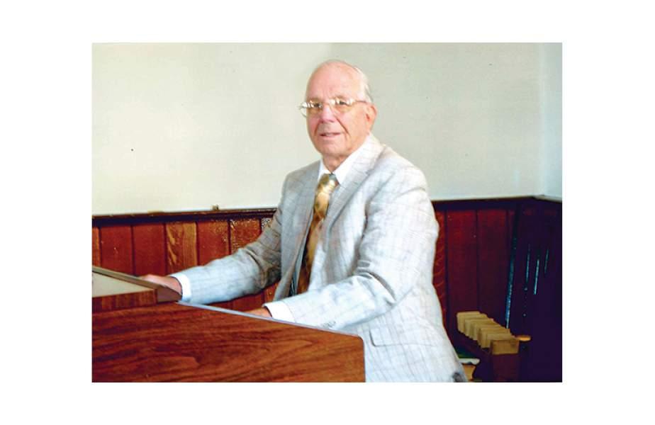 Lisle church, organist mark anniversaries